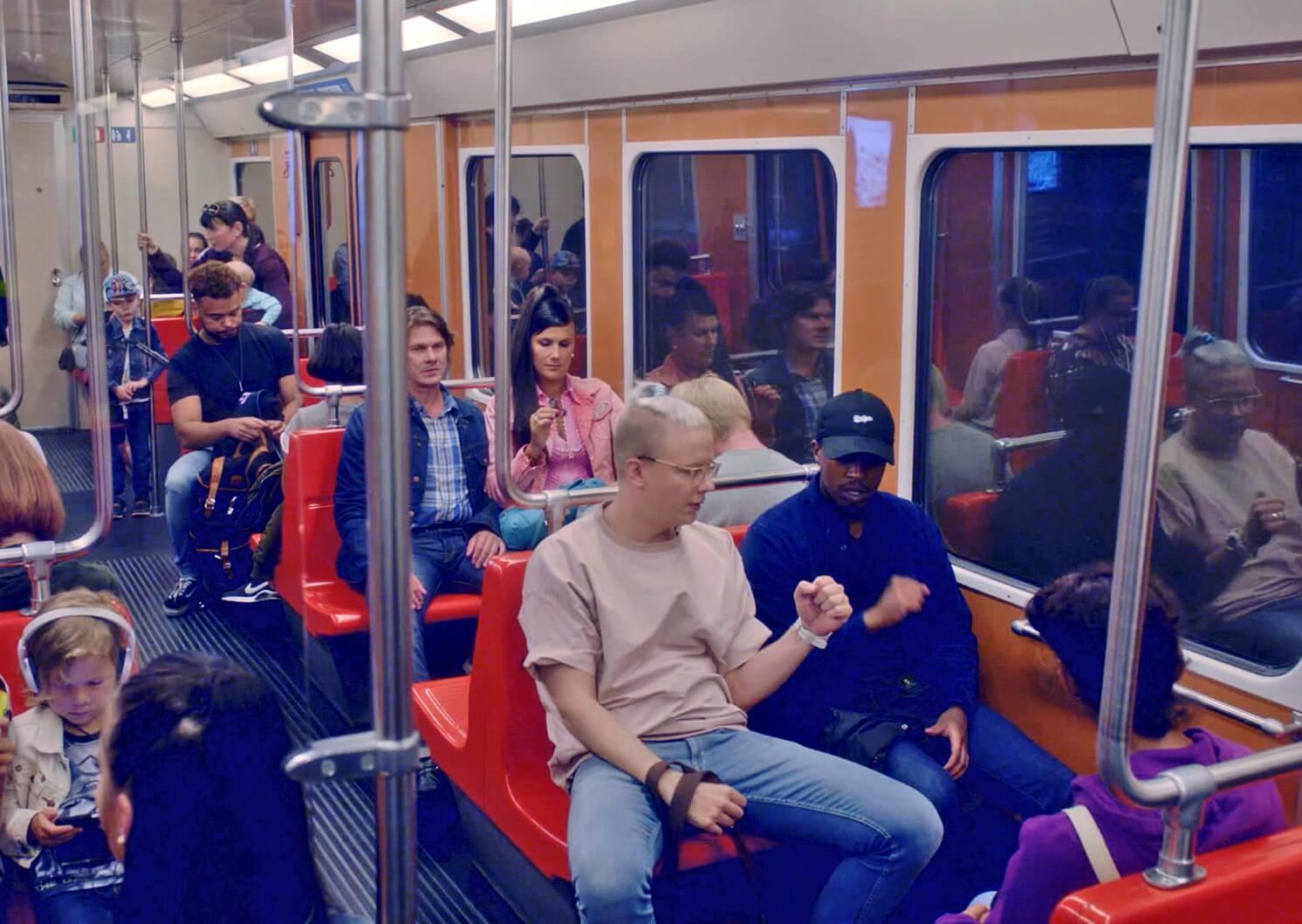 """Varasto 2 -elokuvan musiikkivideo on julkaistu: Seksikäs-Suklaa & Dosdela – """"Mis asun"""" feat. VG+"""