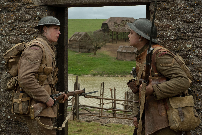 Sam Mendesin TAISTELULÄHETIT – 1917 -elokuvan maailmanensi-ilta keskiviikkona- tapahtumaa voi seurata suorana kello 20 alkaen