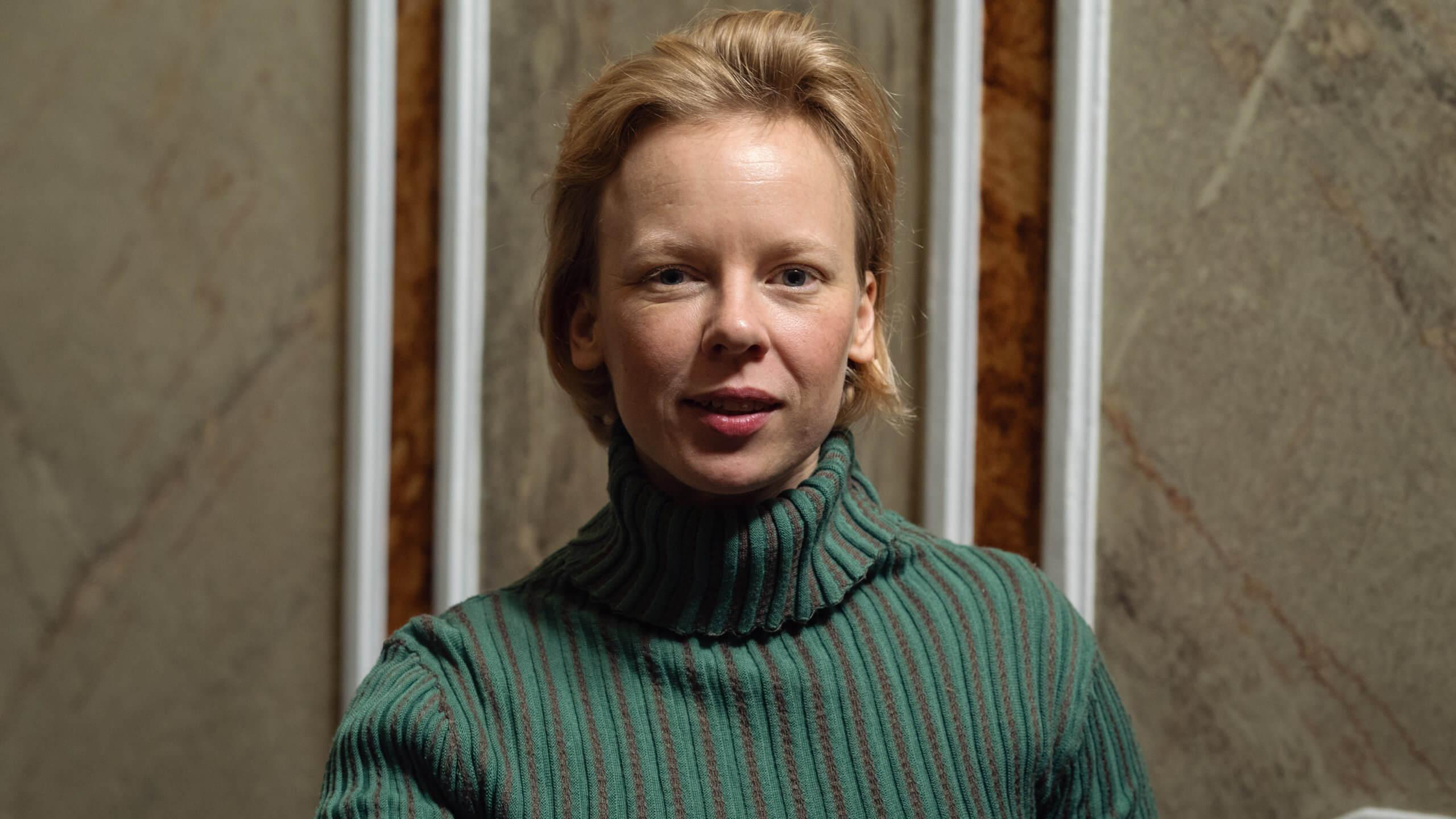 Alma Pöysti on Tove Jansson – Zaida Bergrothin TOVE-elokuva saa ensi-iltansa syyskuussa
